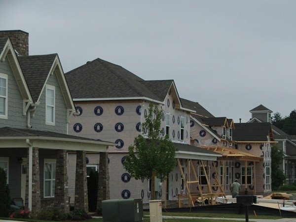 New construction under way in Hillsboro