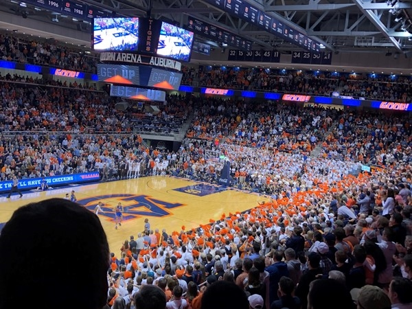 Full house....tight game!!  Auburn vs Kentucky