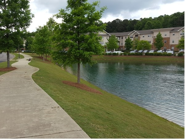 One Nineteen Senior Living sidewalk by the lake