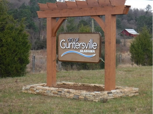 New welcome sign, Guntersville Hwy 431 North
