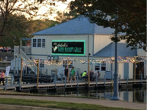 Good food, entertainment and casual, lakeside atmosphere at Stanfield's River Bottom Grille