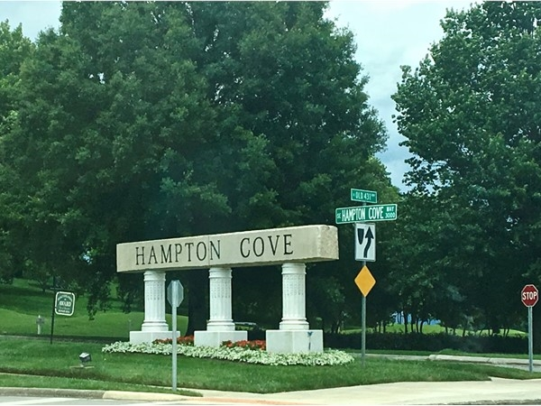 Hampton Cove entrance
