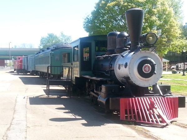 Early Works Family of Museums - Old steam locomotive, passenger cars and caboose