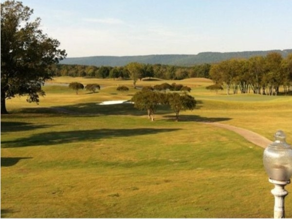 Hampton Coves Robert Trent Jones Golf Course. Full course with club house and driving range