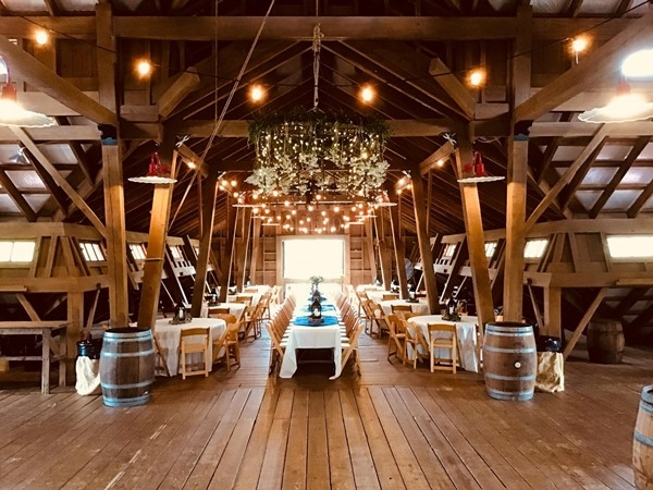 Lake Martin is a beautiful place for weddings.  The Stables at Russell Crossroads is one of many