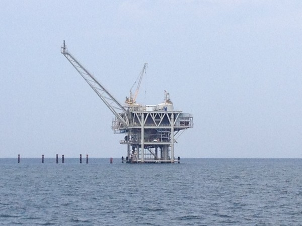 Natural gas and oil rig in Mobile Bay